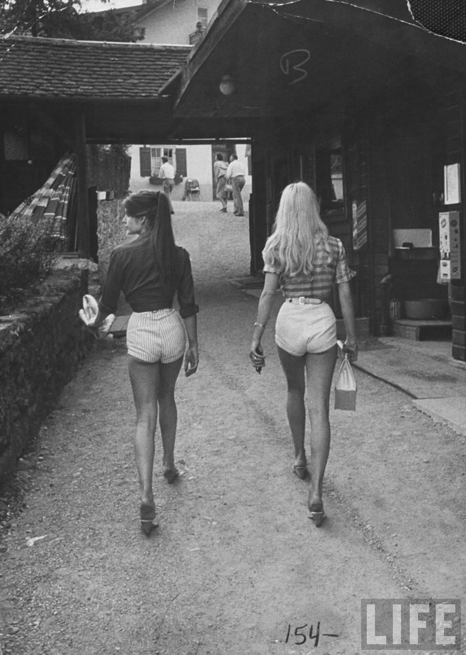 Архивные ретро снимки потрясающих барышень  363514