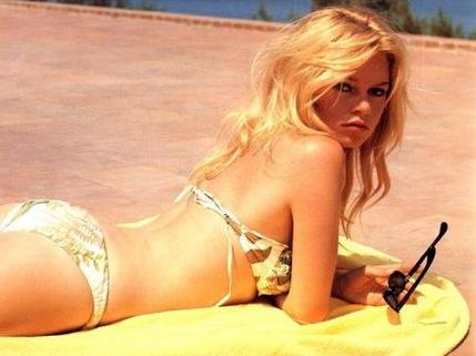 bridget-bardot-bikini-thumb