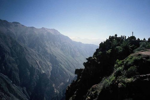Peru_2006_02_16c_Colca_Canyon_Cruz_del_Condor