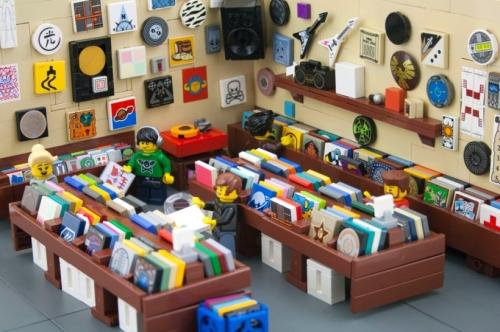 131025-lego-record-store